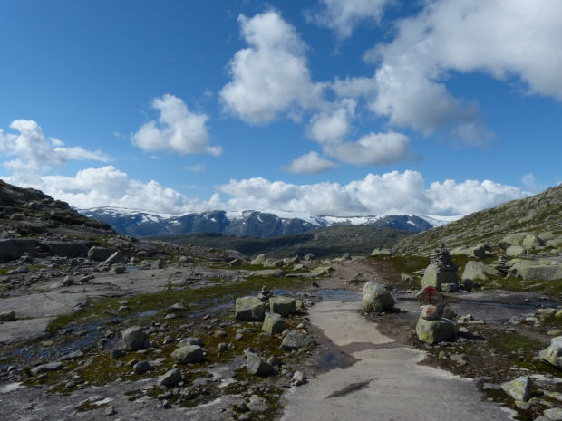 Path on the Trolltunga hike