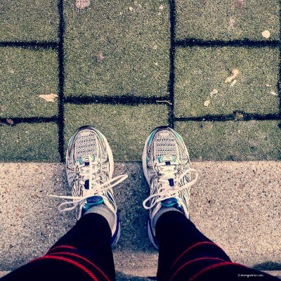 Running shoes_400pxl 60kb