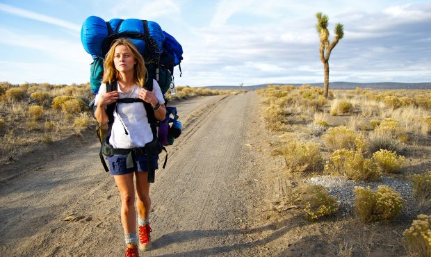 Reese Witherspoon thru-hiking in Wild
